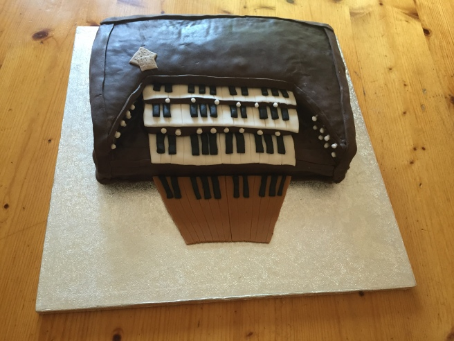 Organ cake (1)