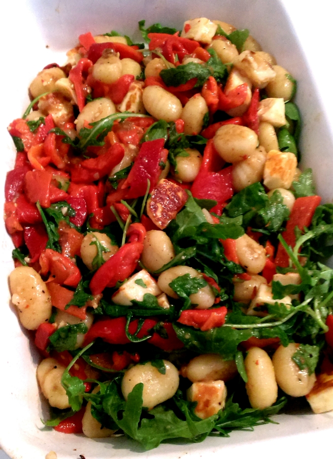Gnocchi and halloumi salad (1)