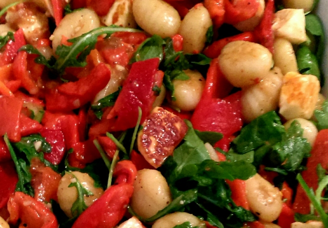 Gnocchi and halloumi salad (2)